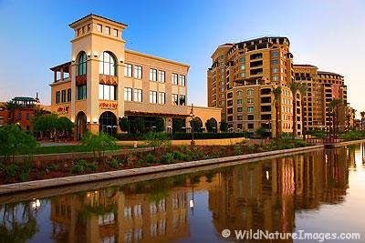 Scottsdale Waterfront, Southbridge
