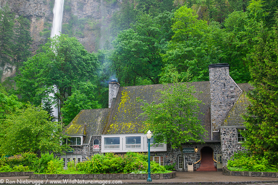 The Multnomah Falls Lodge and U.S. Forest Service Information Center at the Multnomah Falls, Columbia River Gorge National Scenic Area, Oregon.